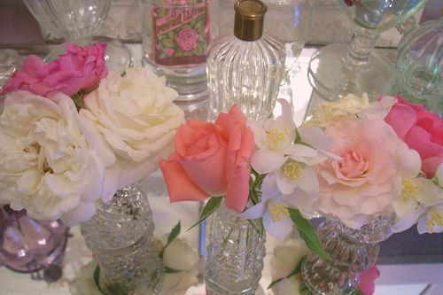 Powder room bouquets3